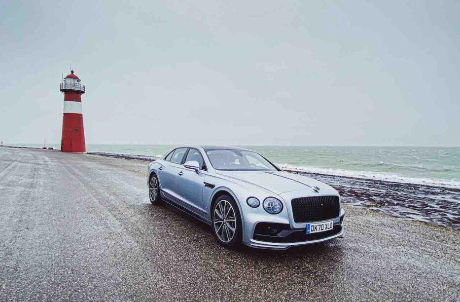 Bentley fliegender Sporn V8 s Fahrtest